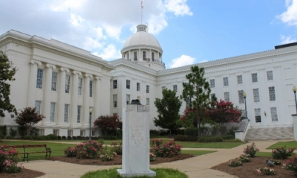 State of Alabama HB287 - Women's Tribute Statue Commission to fund, commission, and place statues of Rosa Parks and Helen Keller on the State's Capitol Grounds